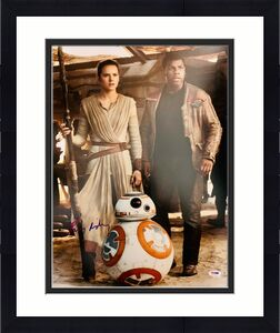 Daisy Ridley Signed Star Wars BB-8 and Finn 16x20 Photo - Rey PSA DNA COA