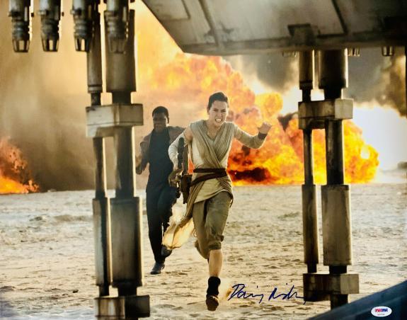 Daisy Ridley Signed Star Wars Explosion Run 16x20 Photo - Rey PSA DNA COA