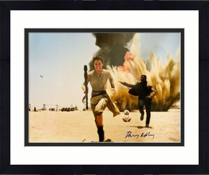 Daisy Ridley Signed Star Wars Explosion Sand Run 16x20 Photo - Rey PSA DNA COA