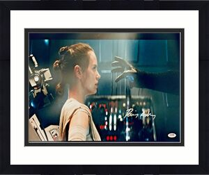 Daisy Ridley Signed Star Wars The Force 16x20 Photo - Rey PSA DNA COA