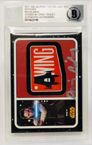 Daisy Ridley Signed Star Wars The Last Jedi Topps Patch Card Rey - Beckett BAS