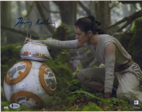 "Daisy Ridley The Last Jedi Autographed 12"" x 18"" with BB-8 Photograph - BAS"