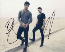 Dan + Shay signed group 8x10 photo w/coa #4 Dan Smyers and Shay Mooney 19 You Me