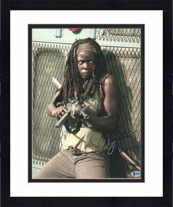 Danai Gurira Signed 11x14 Photo The Walking Dead Beckett Bas Autograph Auto A