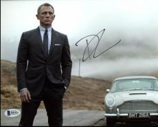 Daniel Craig James Bond 007 Signed 8X10 Photo Autographed BAS #B41151