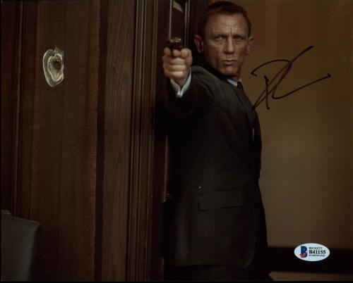 Daniel Craig James Bond 007 Signed 8X10 Photo Autographed BAS #B41155