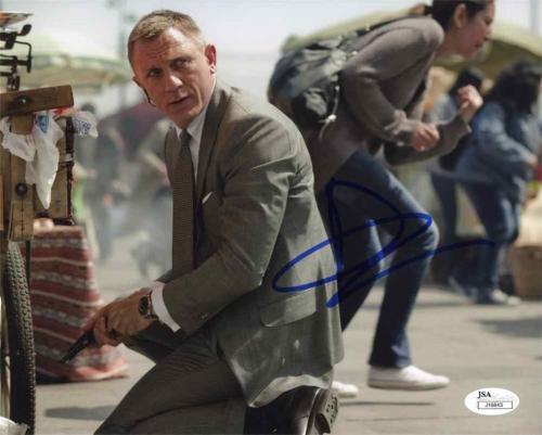 Daniel Craig James Bond Autographed Signed 8x10 Photo Authentic JSA AFTAL COA