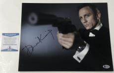 Daniel Craig Signed 11x14 Photo James Bond 007 Authentic Autograph Beckett Coa B