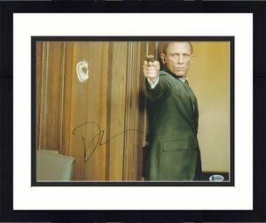 Daniel Craig Signed 11x14 Photo James Bond 007 Beckett Bas Autograph Auto Coa B