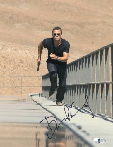 Daniel Craig Signed Auto James Bond 007 11x14 Bas Beckett Coa  17