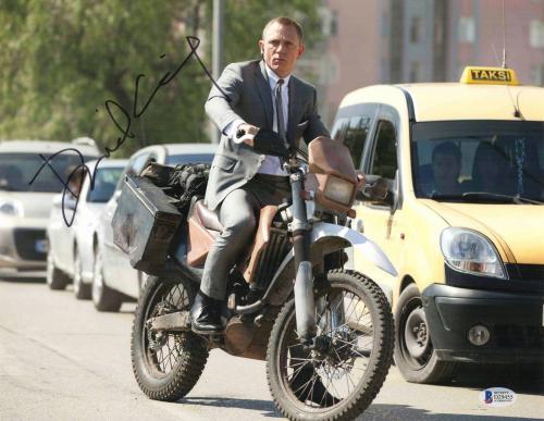 Daniel Craig Signed Auto James Bond 007 11x14 Bas Beckett Coa  18