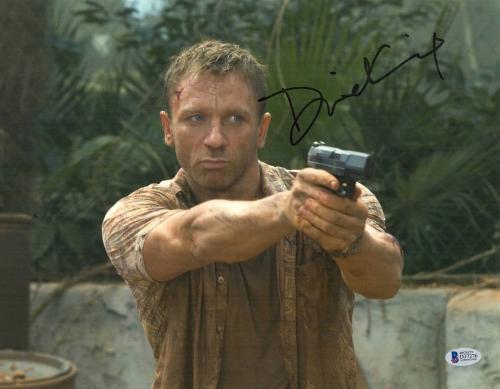 Daniel Craig Signed Auto James Bond 007 11x14 Bas Beckett Coa  33