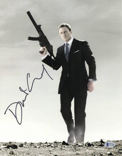 Daniel Craig Signed Auto James Bond 007 11x14 Bas Beckett Coa  35
