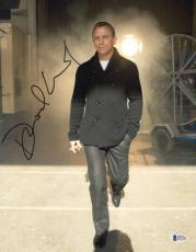 Daniel Craig Signed Auto James Bond 007 11x14 Bas Beckett Coa  36