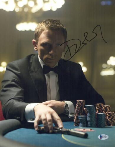 Daniel Craig Signed James Bond 007 11x14 Authentic Autograph Bas Beckett Coa  37