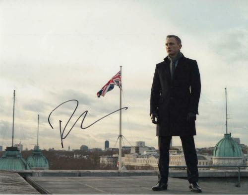 DANIEL CRAIG SIGNED AUTOGRAPH 11x14 PHOTO - JAMES BOND, 007, NO TIME TO DIE