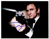 Daniel Craig Signed - Autographed 007 James Bond 8x10 inch Photo - Guaranteed to pass PSA or JSA