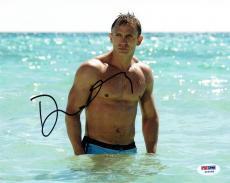 Daniel Craig Signed James Bond Authentic Autographed 8x10 Photo PSA/DNA #Z53568