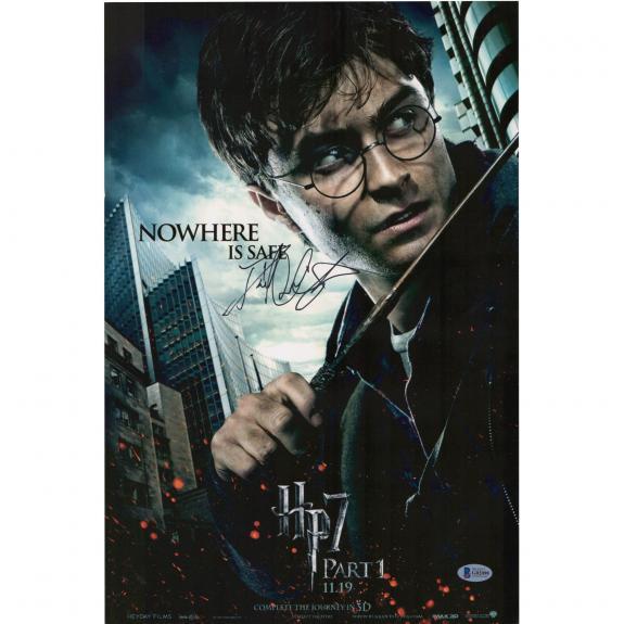 """Daniel Radcliffe Harry Potter Autographed 12"""" x 18""""  Deathly Hallows Part 1 Photograph - BAS"""