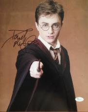 DANIEL RADCLIFFE (HARRY POTTER) signed 11x14 photo JSA P02122