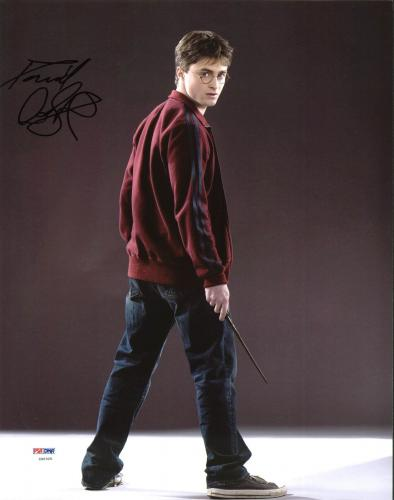 Daniel Radcliffe Harry Potter Signed 11X14 Photo PSA/DNA #Z90325