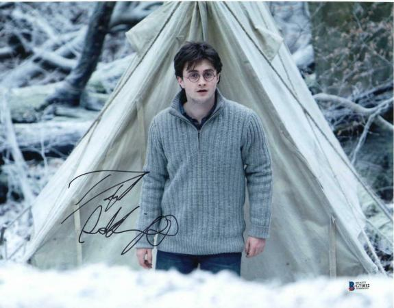 DANIEL RADCLIFFE SIGNED AUTOGRAPH 11x14 PHOTO - HARRY POTTER, BOOK WAND, BECKETT