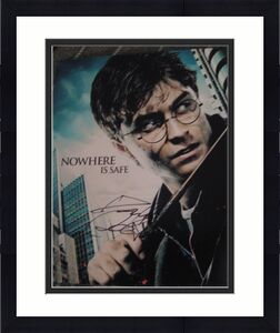 DANIEL RADCLIFFE SIGNED AUTOGRAPH 8x10 HARRY POTTER D