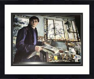 DANIEL RADCLIFFE SIGNED AUTOGRAPH 8x10 PHOTO HARRY POTTER BECKETT COA AUTO NY E