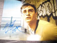 DANIEL RADCLIFFE SIGNED AUTOGRAPH 8x10 PHOTO HARRY POTTER GOBLET OF FIRE