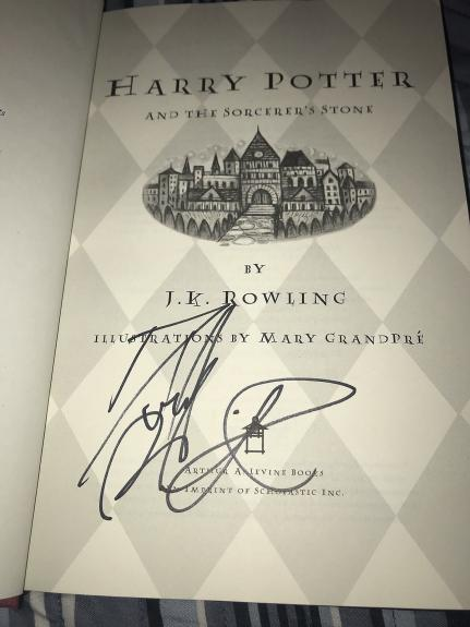 Daniel Radcliffe Signed Autograph Harry Potter And The Sorcerers Stone Book X3