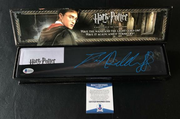 Daniel Radcliffe Signed Autograph Harry Potter Illuminating Wand Bas Beckett 8