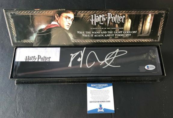 Daniel Radcliffe Signed Autograph Harry Potter Illuminating Wand Bas Beckett