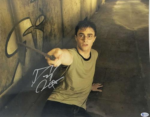 Daniel Radcliffe Signed Autographed 16x20 Harry Potter Photograph Beckett BAS