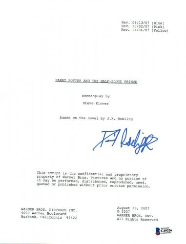 Daniel Radcliffe Signed HARRY POTTER AND THE HALF BLOOD PRINCE Script BAS COA