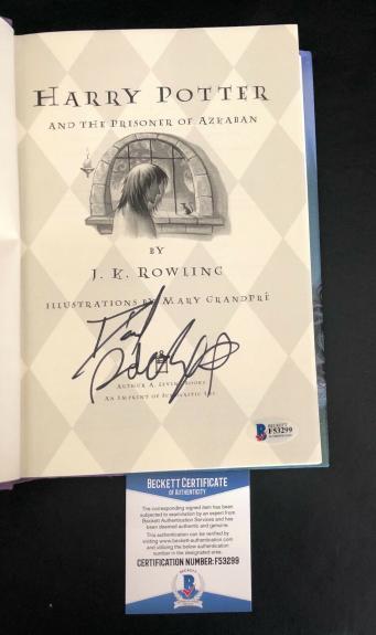 Daniel Radcliffe Signed Harry Potter And The Prisoner Of Azkaban Book Beckett