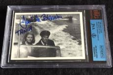Daniela Bianchi Signed 1965 James Bond From Russia With Love Card  Jsa/bvs Bgs