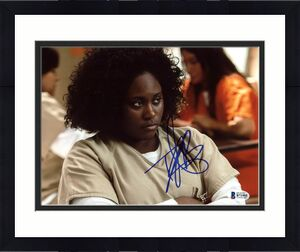 Danielle Brooks Orange Is The New Black Signed 8X10 Photo BAS #B71955