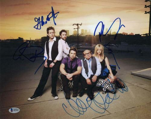 DANNY DEVITO +4 FULL CAST SIGNED AUTOGRAPH - IT'S ALWAYS SUNNY 11x14 PHOTO B