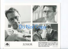 Danny DeVito Arnold Schwarzenegger Junior Press Photo