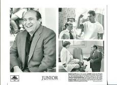 Danny DeVito Arnold Schwarzenegger Pamela Reed Junior Movie Press Still Photo