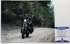 DARYL DIXON!!! Norman Reedus Signed WALKING DEAD 8x10 Photo #4 Beckett BAS