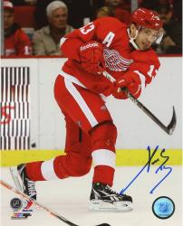 "Pavel Datsyuk Detroit Red Wings Autographed 8"" x 10"" Photograph"