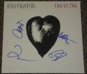 Dave Grohl Foo Fighters Band Signed One By One Album Psa/dna Loa Proof Coa