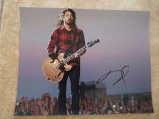 Dave Grohl Foo Fighters Signed Autographed 11x14 Photo READ