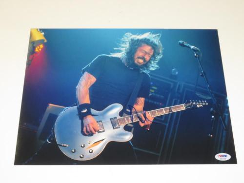 Dave Grohl Signed 11x14 Photo Autograph Foo Fighters Nirvana Auto Psa/dna A
