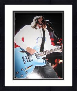 DAVE GROHL SIGNED AUTOGRAPH 11x14 PHOTO FOO FIGHTERS CONCERT SHOT GUITAR COA F