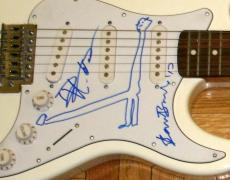 Dave Matthews & Beezy Bailey Signed Autograph Electric Guitar With Sketch!! Jsa
