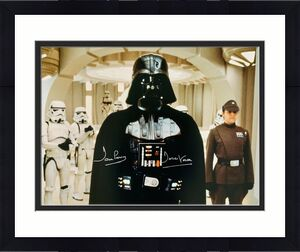 Dave Prowse Authentic Signed Star Wars Darth Vader 16x20 Photo Beckett BAS 32