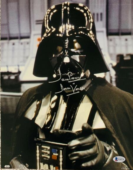 Dave Prowse Signed Star Wars Darth Vader 11x14 Photo Beckett BAS 15