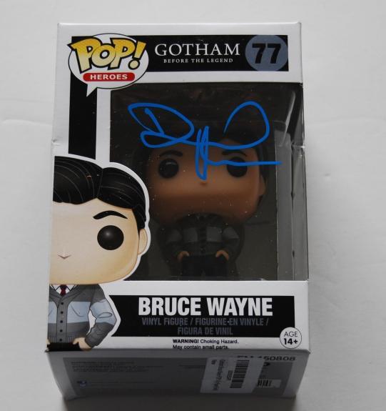 DAVID MAZOUZ signed *GOTHAM* Bruce Wayne FUNKO POP W/COA #77 Batman